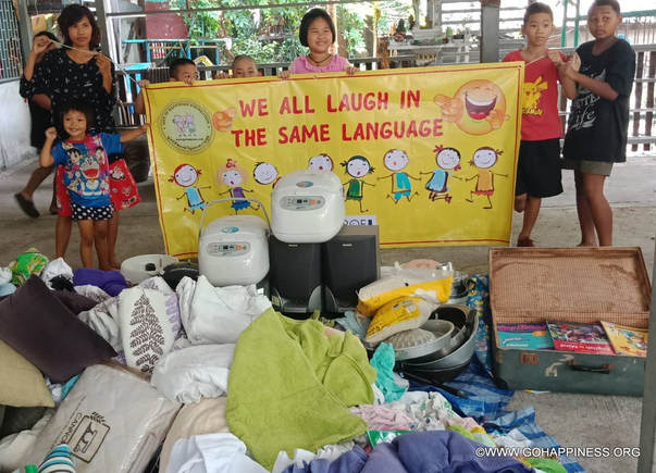 Go Happiness Aid Giving - Bangkok Slums